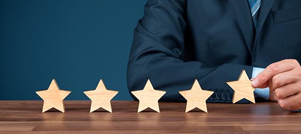 給与が上がる評価面談の仕組みを構築。月1回の上司との面談で評価を確認